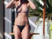 Jennifer Aniston bikini sexy