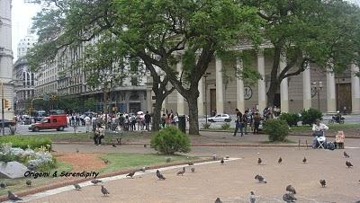 Buenos Aires, sa place de Mayo, ses alentours