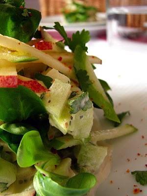 Salade de mâche aux pommes fruits et au concombre