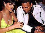 Rihanna elle parle toujours Chris Brown