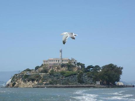 L'île d'Alcatraz, située au milieu de la baie de San Francisco, aux Etats-Unis.