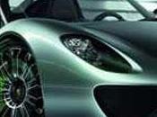 Porsche l'hybride pied planché