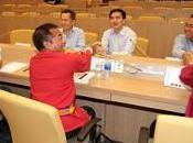 cours débat mars 2010) entre représentants gouvernement thaïlandais ceux chemises rouges