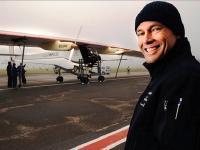 Le bateau PlanetSolar et l'avion Solar Impulse, mobilité écolo exemplaire