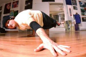 lazy-legz-breaker-ill-matic-bequille-breakdance-breakdancing-hiphop