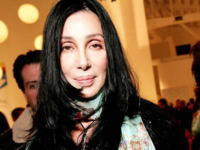 Cher lancera un album et une tournée prochainement