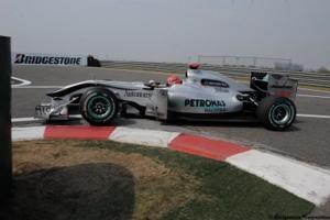 Laissons la mi-saison à Schumacher