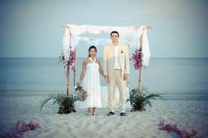 Marisol+Ludovic's beach wedding, Panama