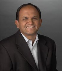 Portrait  officiel de Shantanu Narayen