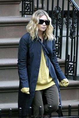 Leçon de mode: le pull fétiche d'Ashley Olsen