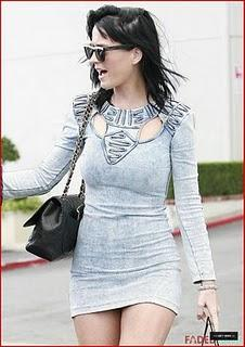 KATY PERRY LUTTE CONTRE LE SIDA !