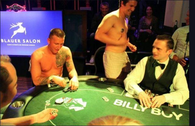 France strip poker