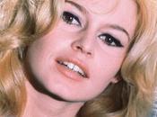 J'achète pantalon Brigitte Bardot...