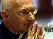 Card. Bagnasco, Dans célibat, l'humanité prêtre devient dévotion