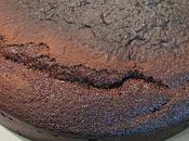 Gâteau chocolat arôme cassis léger