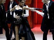 Cheryl Cole bombe moment nouveau clip Parachute