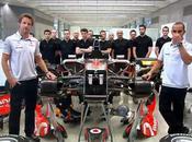 Jenson Button Lewis Hamilton stars s'éclatent