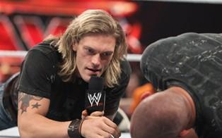 Edge s'en prend à Randy Orton