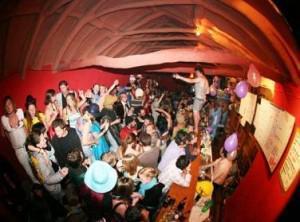 Fin des examens: les meilleures auberges de jeunesse pour faire la fête