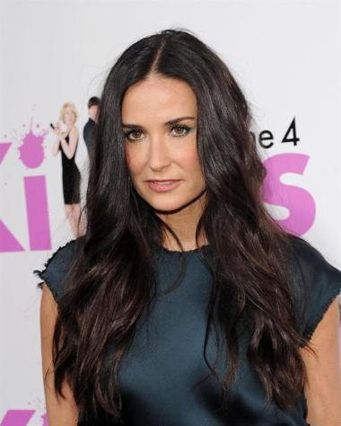 Jun. 01, 2010 - Hollywood, California, U.S. - June 1, 2010 - Hollywood, California, USA - Actor DEMI MOORE arriving to the 'Killers' Los Angeles Premiere held at the Arclight Cinemas. © Red Carpet Pictures