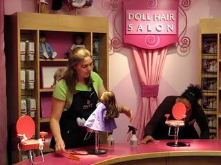 Doll Hair Salon ( coiffure poupée )