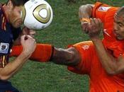 coup karaté Nigel Jong Xabi Alonso lors finale coupe monde Video parodie