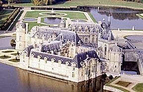 chateau-chantilly.1279310631.jpg