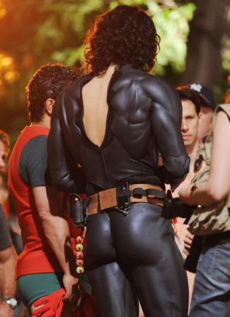 batman_from_behind.jpg