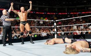 Triple Threat match entre Randy Orton, Edge et Jericho