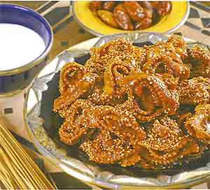 http://www.zemzem.fr/images/stories/food/halwa_chebakia.jpg