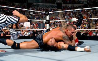 Jey Uso s'incline face à Randy Orton
