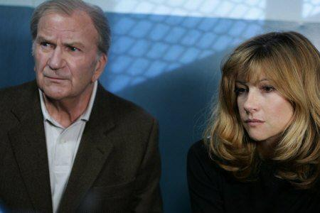 Pierre Mondy & Florence Pernel. TF1
