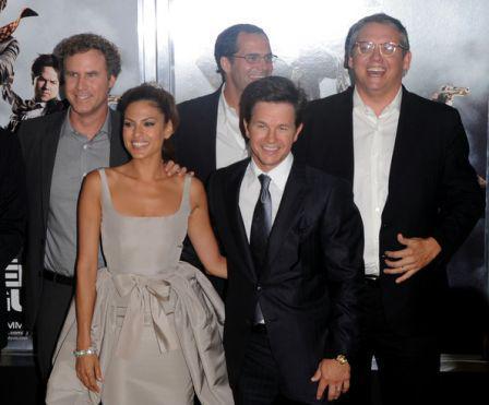 Mark_Wahlberg_Other_Guys_New_York_Premiere_SSAcrIOvsOgl.jpg