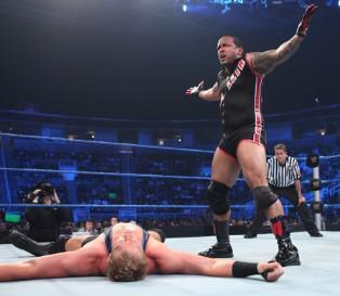 MVP s'impose face à Jack Swagger