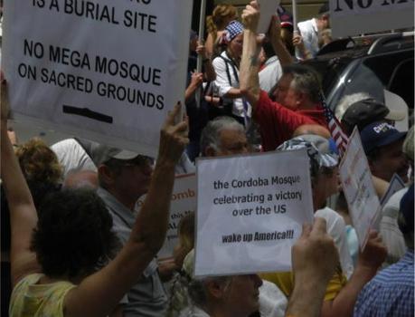 Mosquée du Ground Zero à New York, les islamophobes de plus en plus virulents comme dans tous les USA et sous la conduite de personnalités conservatrices