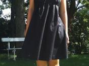 Retour avec robe noire patron Simplicity