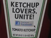 Facebook s'invite bouteilles ketchup
