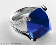 Van Cleef and Arpels Bague Cabochon Saphir