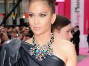 Jennifer Lopez dans jury d'American Idol pour millions dollars