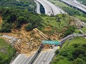 Avril 2010 Impressionnant glissement terrain Taiwan