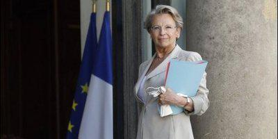 michele-alliot-marie-soutient-courroye.1285782059.jpg