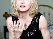 Oops C'est Madonna être contente