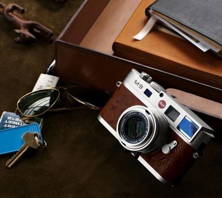 Image leica m9 neiman marcus 550x489   Leica M9 Neiman Marcus Edition