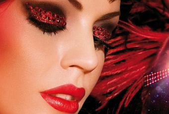 maquillage femme cabaret