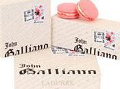 John Galliano relooke macarons Ladurée
