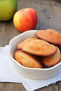 madeleine aux pommes