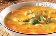 Soupe thaïlandaise au poulet et coriandre