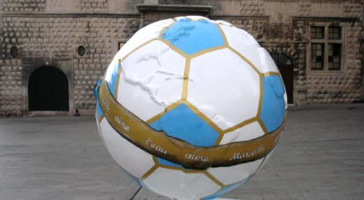 Cool Globe foot ! A Marseille
