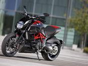Moto: Ducati Diavel.
