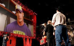 John Cena et Mister Money In The Bank